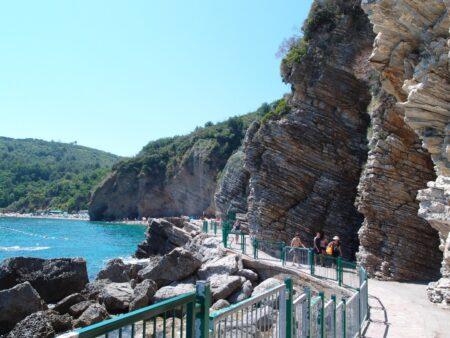 Красивая дорога к пляжам Могрен