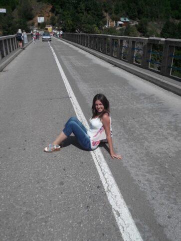 Идея для фото на мосту Джурджевича