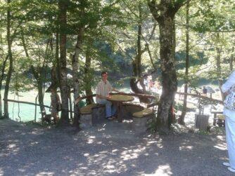 Кафе у реки Тара