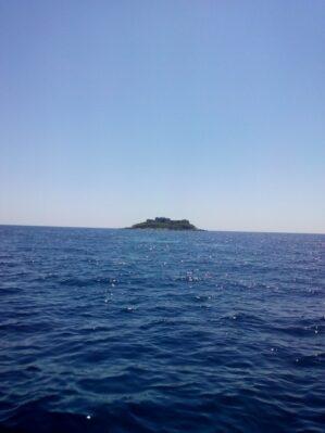 Островки в путешествии Герцег-Новским заливом