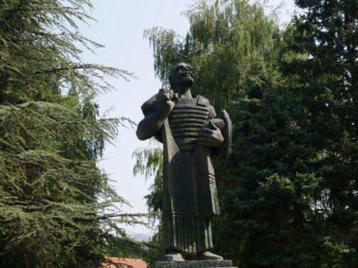 Пам'ятник князю Івану Черноєвічей в Цетіньє
