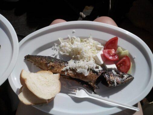 Обед на кораблике в Черногории