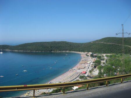 Пляж Яз в Чорногорії