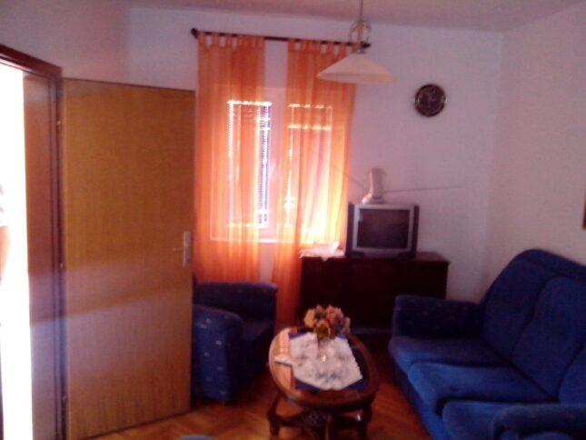 Вітальня в апартаментах на віллі Попович