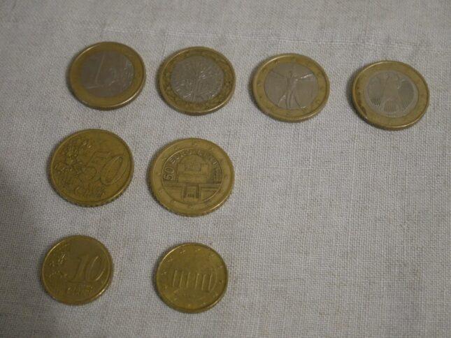 Валюта Черногории монеты