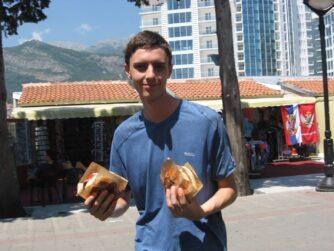 А вот так мы питались в Черногории
