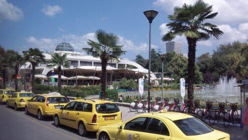 Албания - страна такси