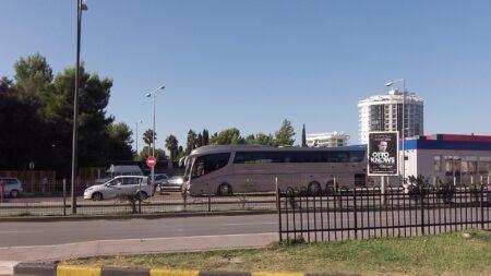 Автобус из Котора