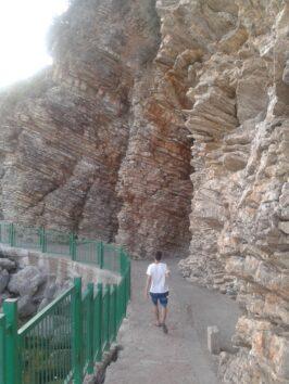 Дорога до пляжів Могрен в Будві