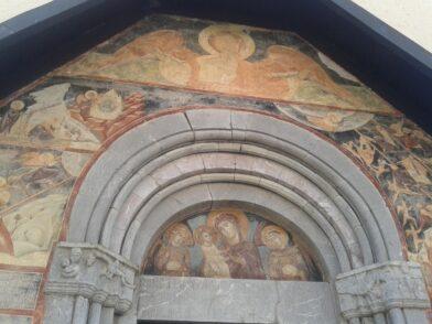 Фрески крупним планом - пам'ятки Морача