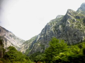 Гори в Черногорії