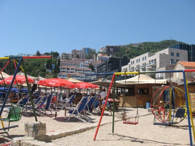 Пляж у Старой Будвы
