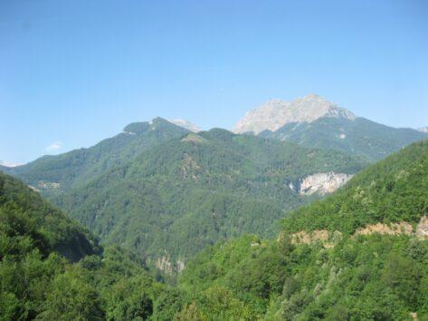 Розкішні каньйони в Чорногорії