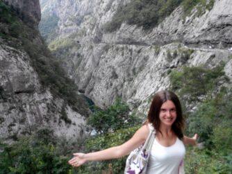 Скелі в каньйоні Морача