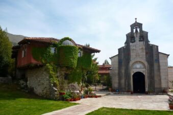 Тврдош - монастырь неподалеку от Требине