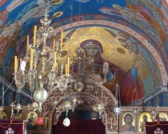 Внутрішнє оздоблення монастиря Тврдош