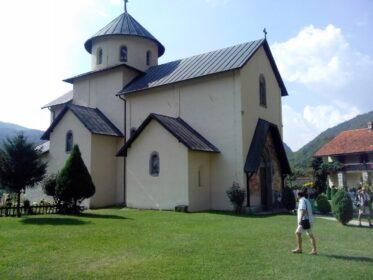 Одна из церквей на территории монастыря