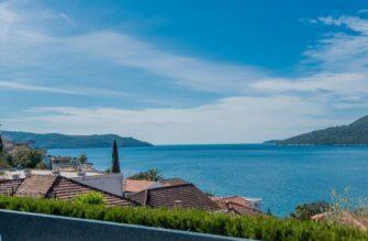 Море в Черногории из окна квартиры