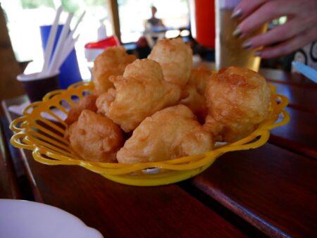 Пончики на завтрак на рафтинге, Черногория