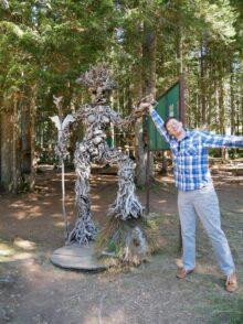 Смешные скульптуры в Дурмиторе