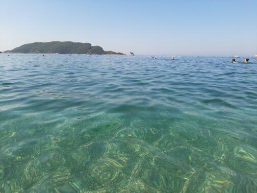 Чистота моря на Славянском пляже