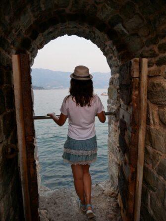 Ворота в море в Будве